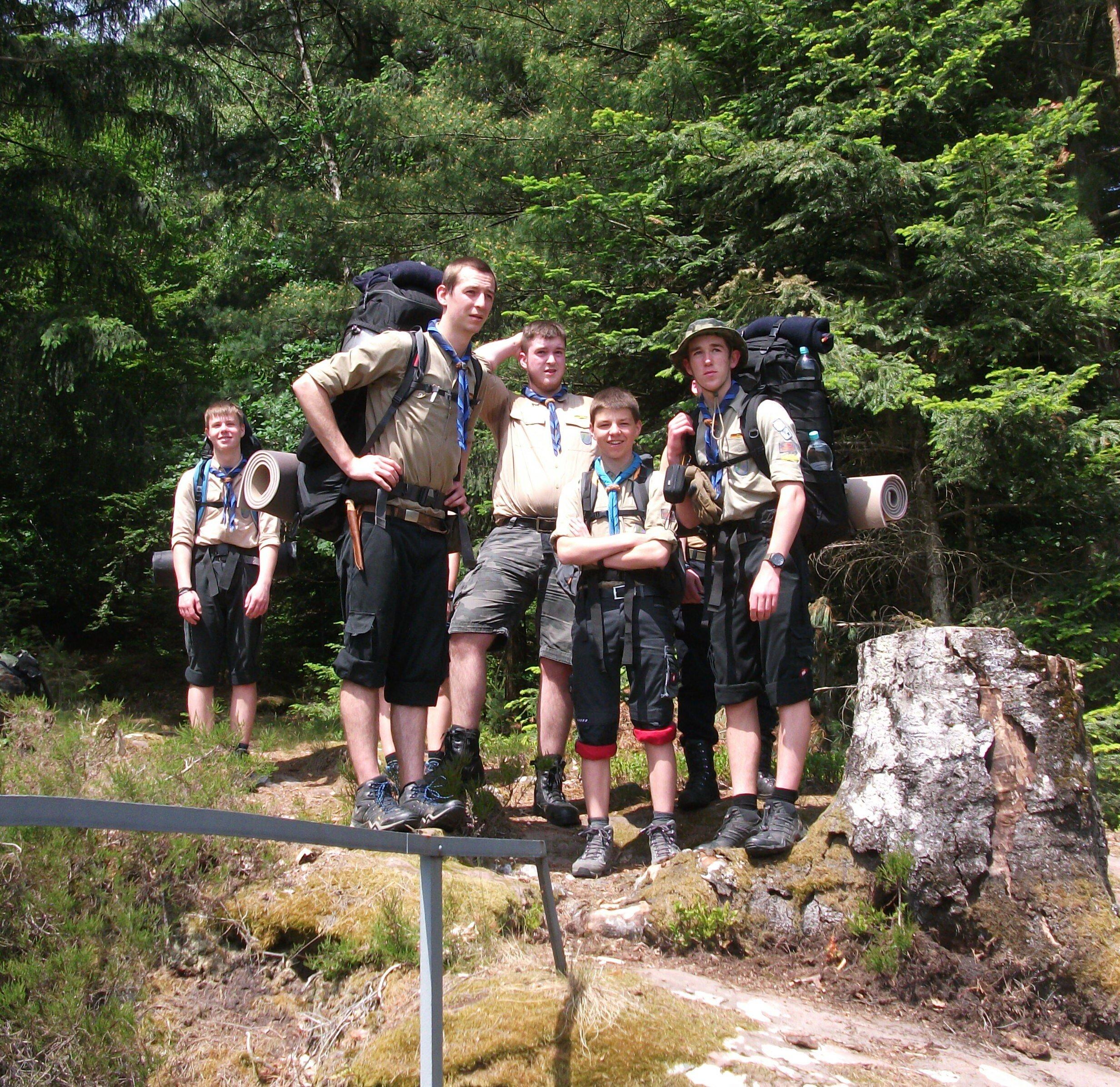 Junioren auf Wanderung