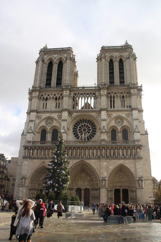 Notre Dame Portal 2018 e1545076515355