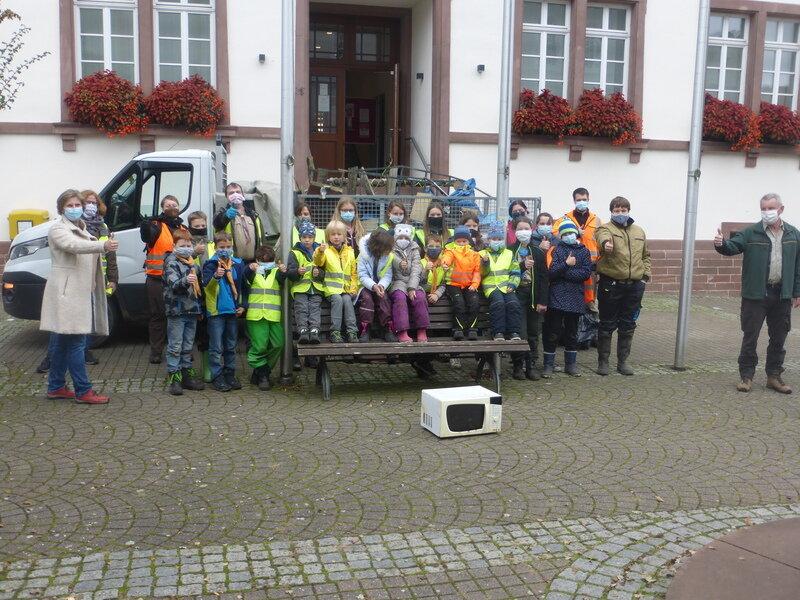 Waldputzaktion in Aglasterhausen