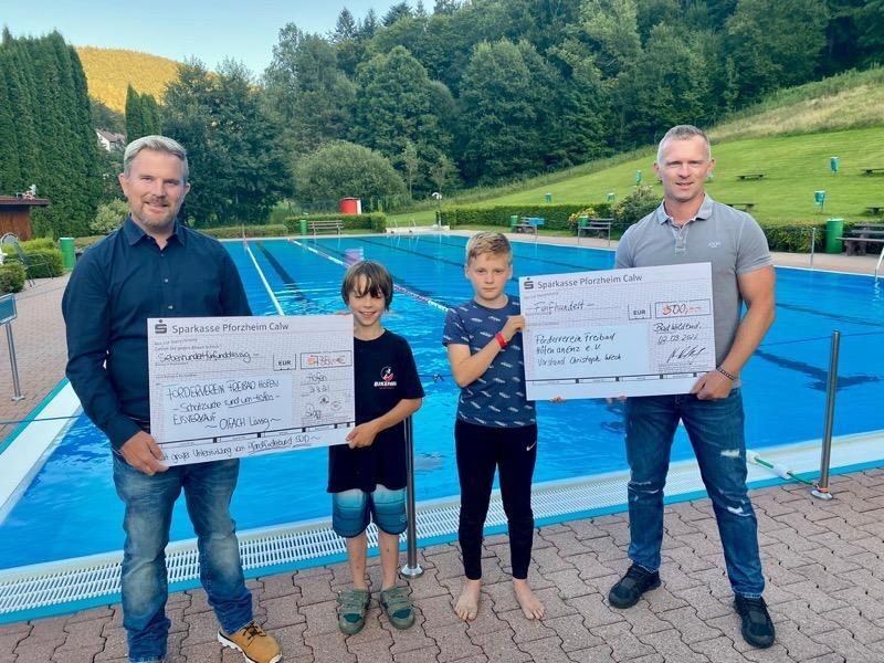 Über 700 Euro – Unterstützung fürs Freibad in Höfen!