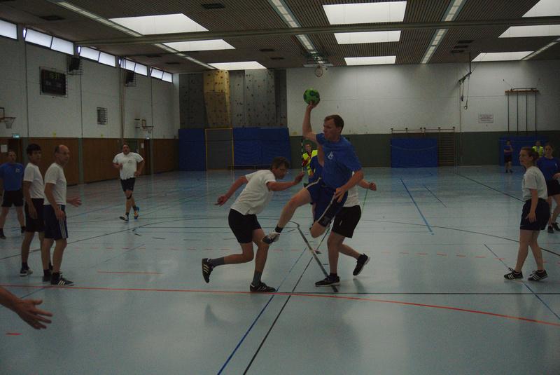 handball19 04